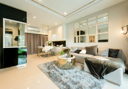 สิริ เพลส ราชพฤกษ์ - พระราม 5 ทาวน์โฮมฟังก์ชันบ้านเดี่ยวไม่เกิน 3 ล้าน - ห้องรับแขกและห้องอเนกประสงค์ชั้นล่าง